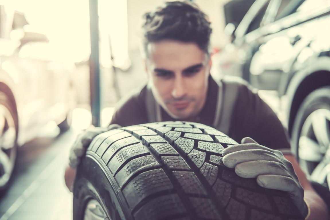 Comment bien permuter ses pneus