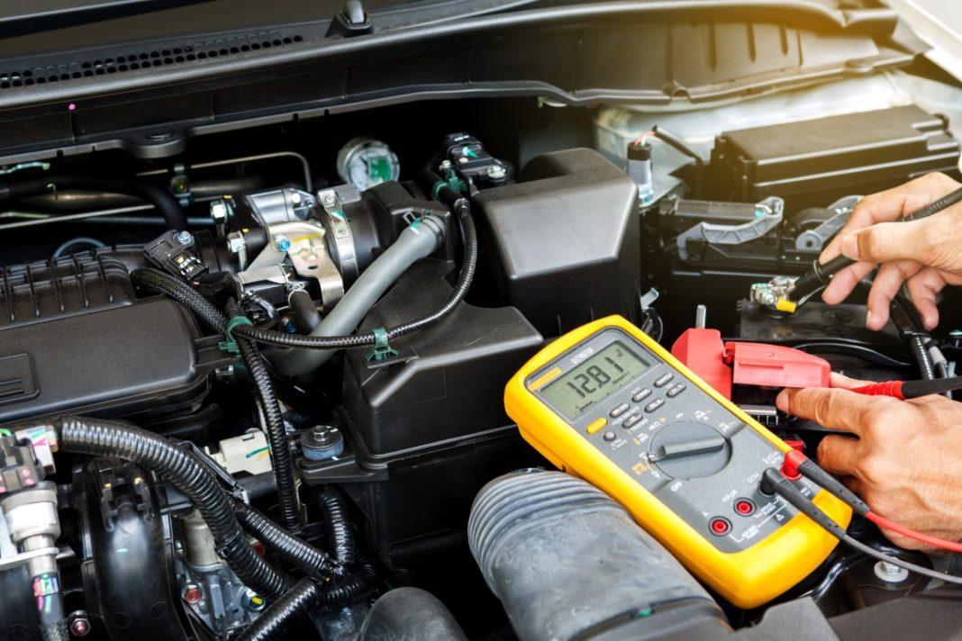 tester une batterie de voiture