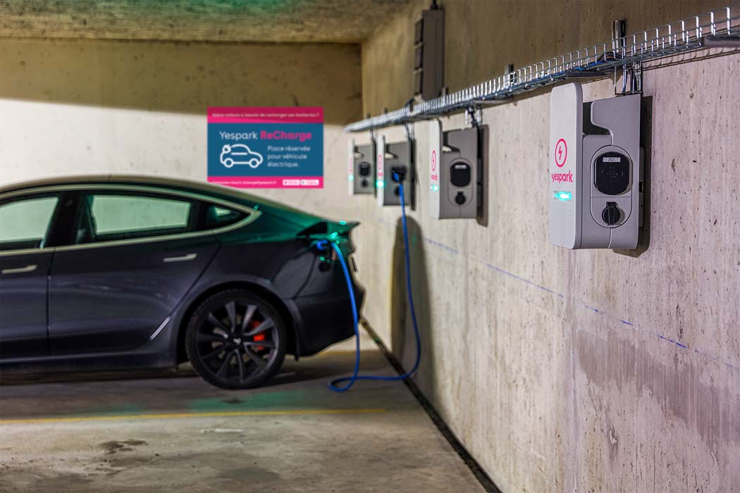 Bornes de recharge électrique pour voiture : où les trouver ?