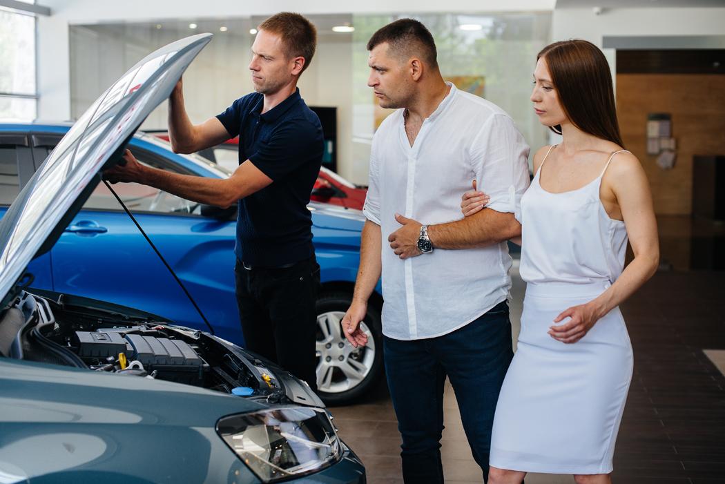 que vérifier avant d'acheter un véhicule d'occasion