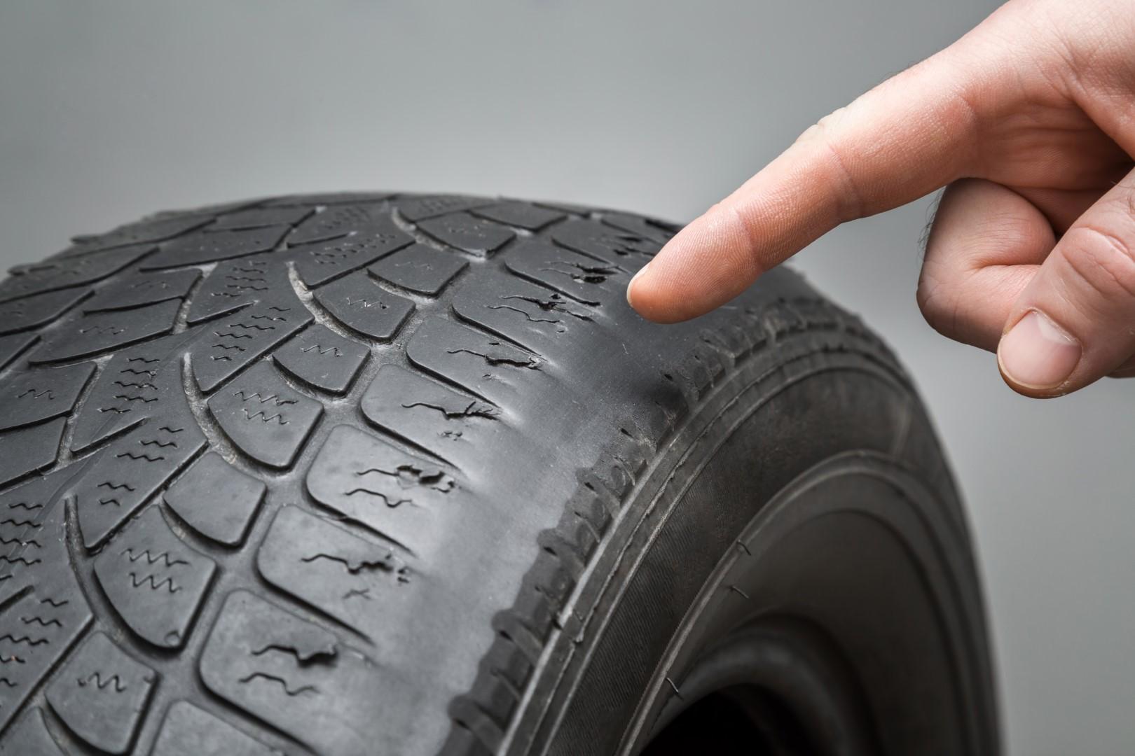 contrôler un pneu usé